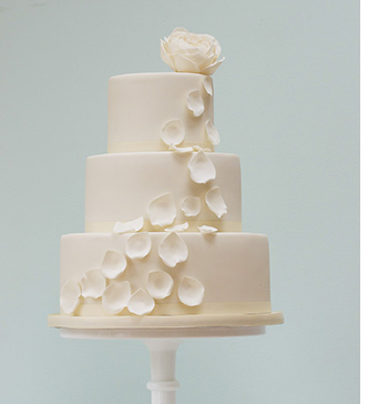 petal wedding cake ten of the best no corkage wedding venues weddingplanner 18301
