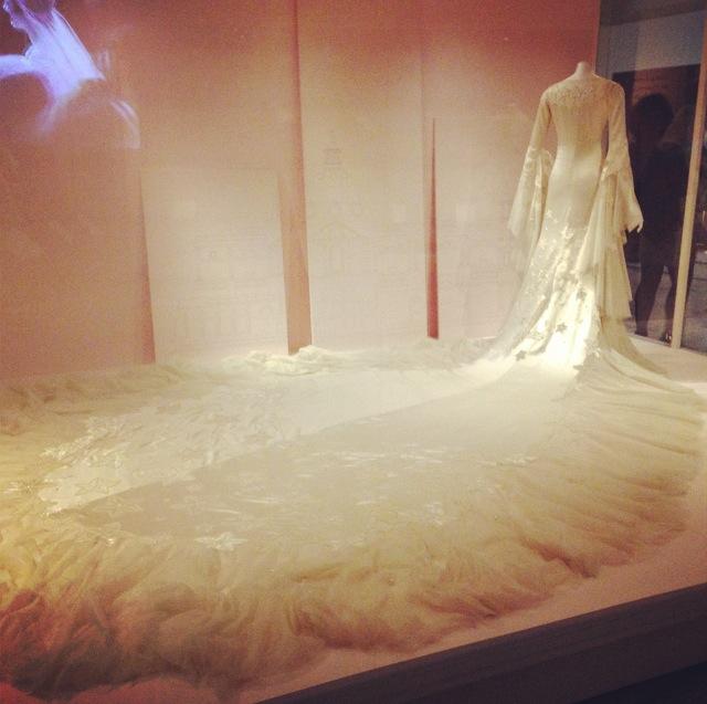 Long train, wedding dress