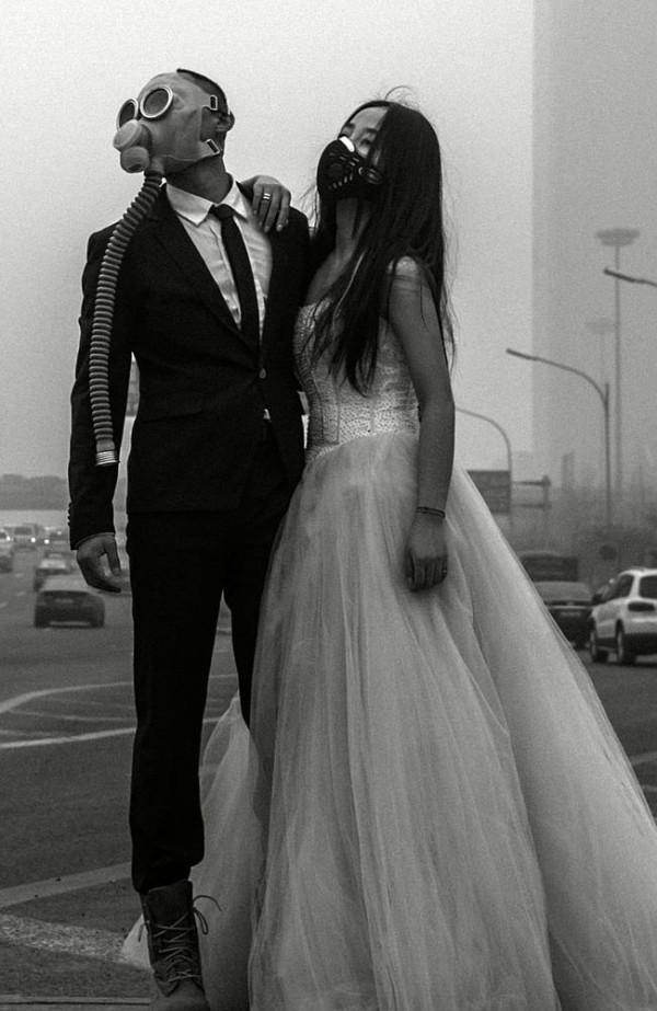 Gas Mask Wedding. Via News.Com.Au