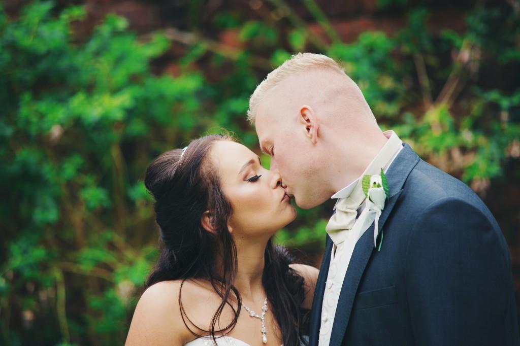 Real Wedding: Natasha & John's 12 Week Wed...