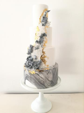 Wedding Cakes Near Me - Blossom & Crumb