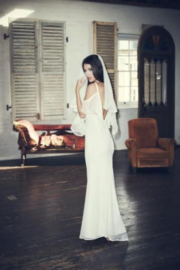 Wedding Dresses - Jarlo