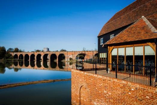 Pub Wedding Venues - Cams Mill