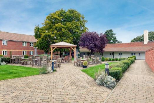 Country House Wedding Venues - Mercure Thame Lambert Hotel