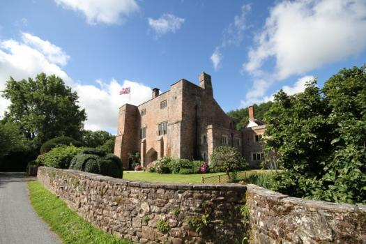 Country House Wedding Venues - Bickleigh Castle