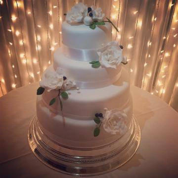 Wedding Cakes Near Me - Peace of Cake