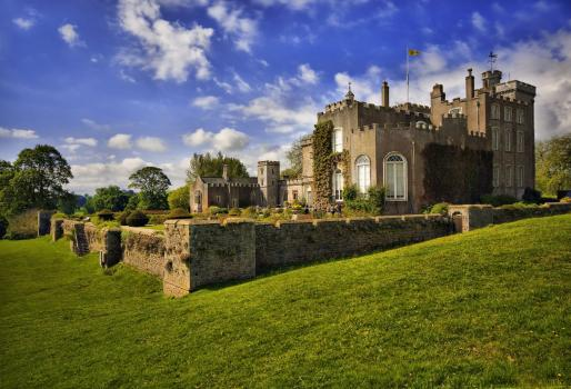 Exclusive Hire Wedding Venues - Powderham Castle