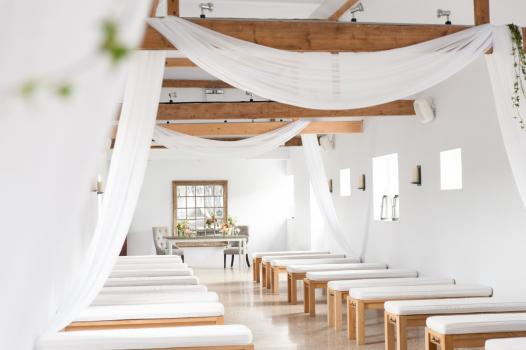 Exclusive Hire Wedding Venues - Southend Barns