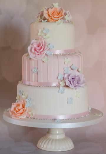 Wedding Cakes, Ideas, Inspiration and Makers - Amanda's Cakes