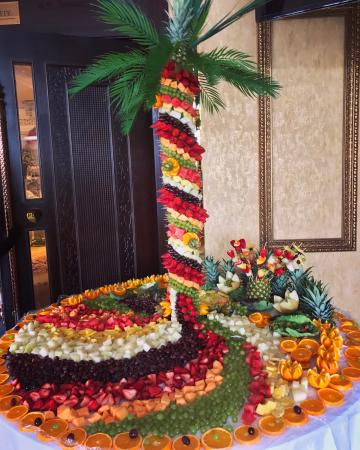 Wedding Caterers - Premier Fruit Designs