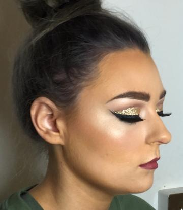 - Aimee Louise Makeup