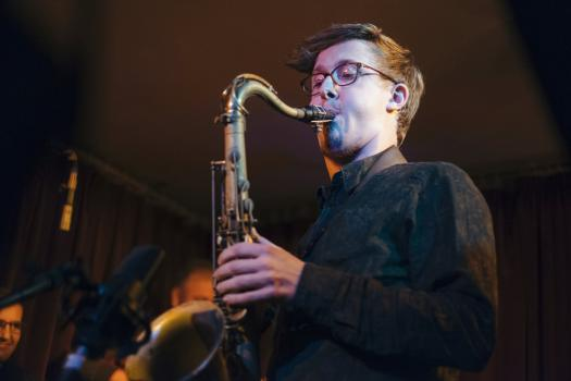 Music & Entertainment - Alex Hitchcock - Saxophonist