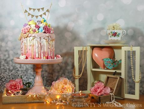 Wedding Cakes, Ideas, Inspiration and Makers - Bunty's Wedding Cakes