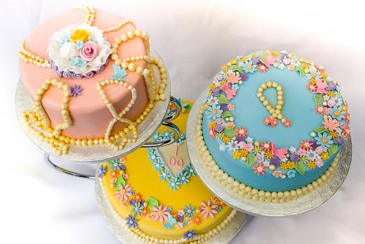 Wedding Cakes, Ideas, Inspiration and Makers - Sweet Indulgent Fancies
