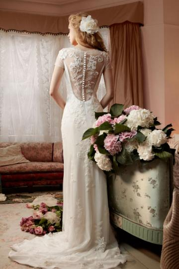 Wedding Accessories - Dress in Love