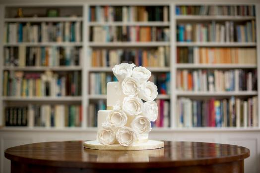 Wedding Cakes, Ideas, Inspiration and Makers - Francesca Dahlia Sugar Flowers