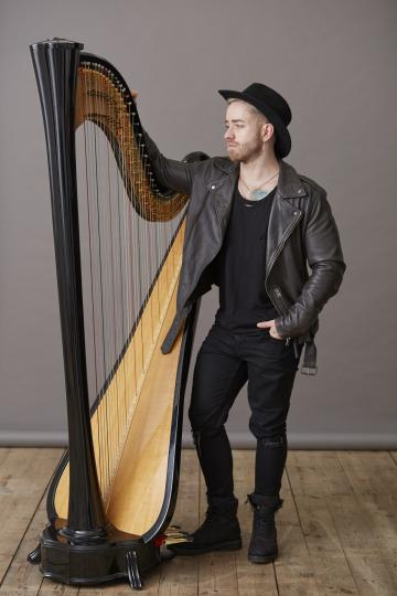 Music & Entertainment - Alexander Thomas - Harpist