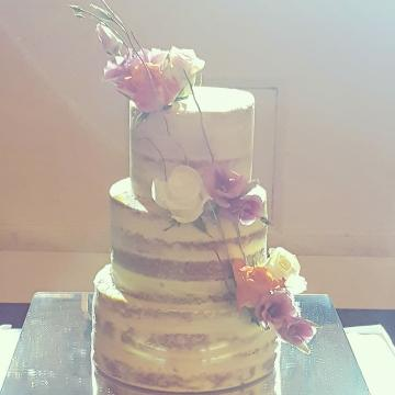 Wedding Cakes Near Me - Little House of Baking