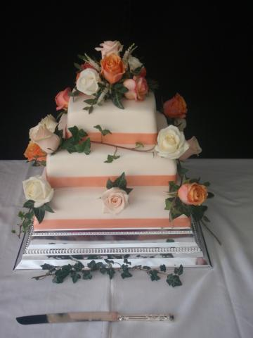 Wedding Cakes, Ideas, Inspiration and Makers - fancytarts