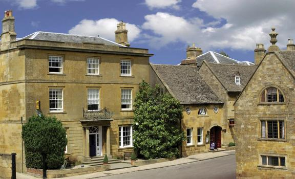 Unusual Wedding Venues - Cotswold House Hotel & Spa