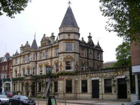 - The Drayton Court Hotel