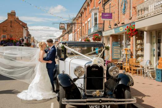 Wedding Cars and Transport - Wedding-Car.co.uk