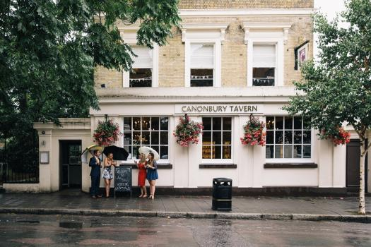 Urban Wedding Venues - The Canonbury Tavern