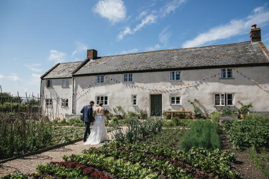 Barn Wedding Venues - River Cottage
