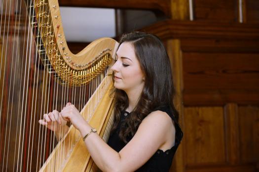 Wedding Harpist - Isabel Harries Harpist