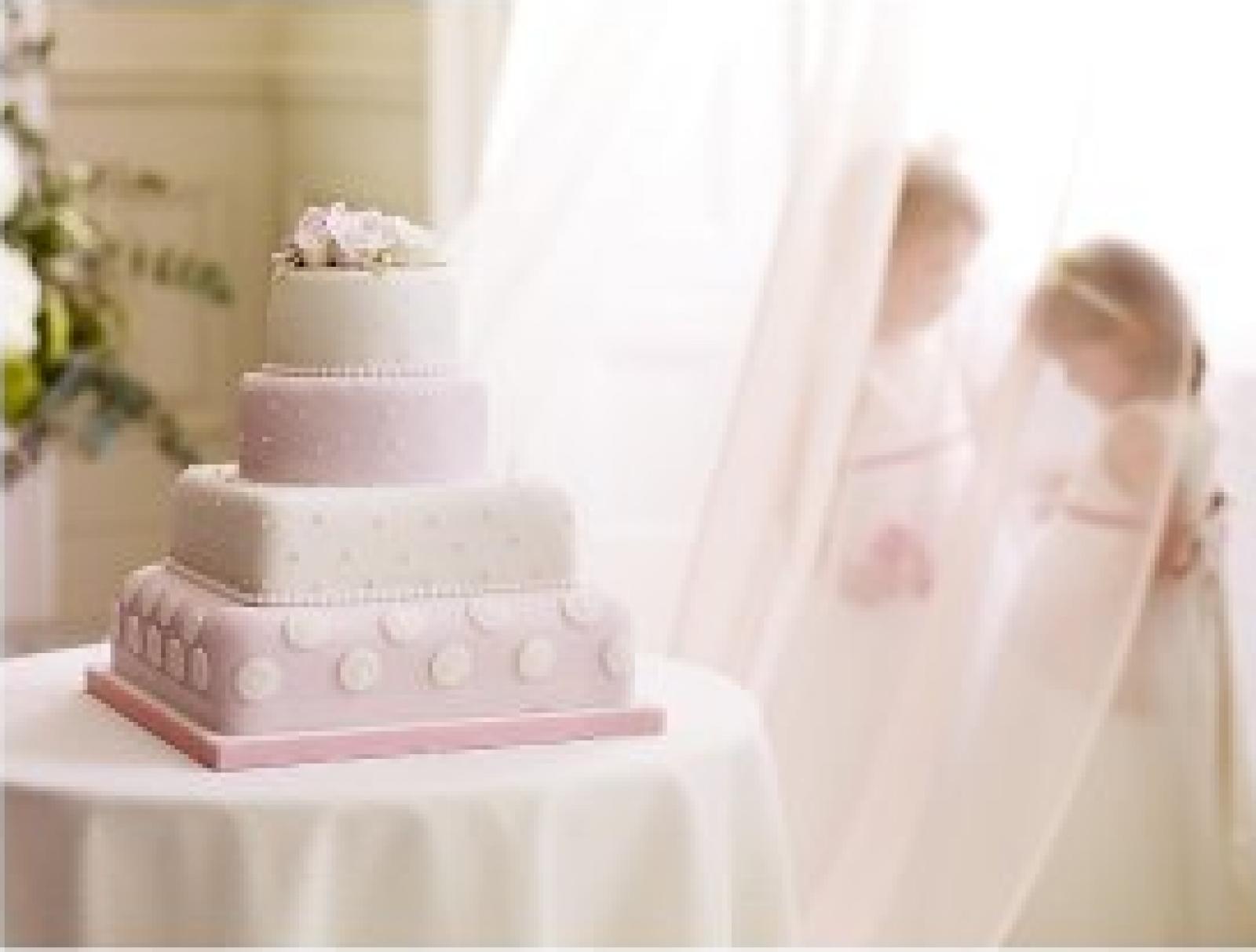 Easy DIY Wedding Cakes With Waitrose - WeddingPlanner.co.uk