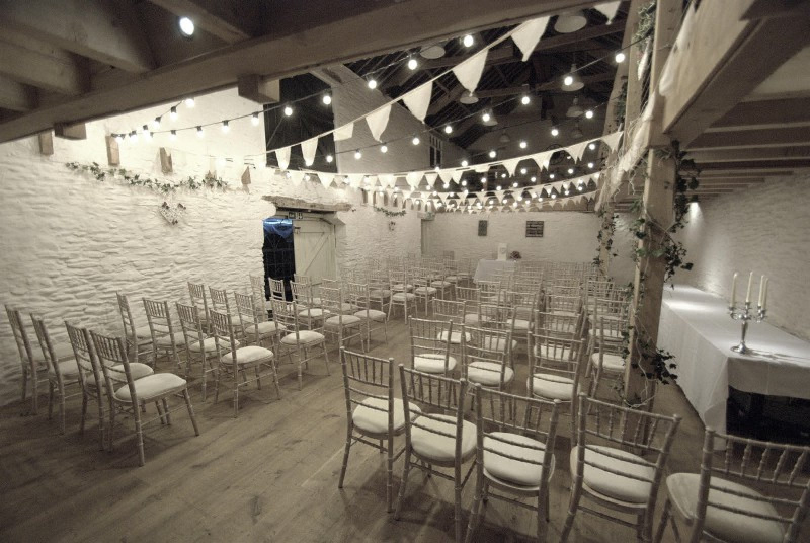 Trenderway Farm | Barn Wedding Venues | WeddingPlanner.co.uk
