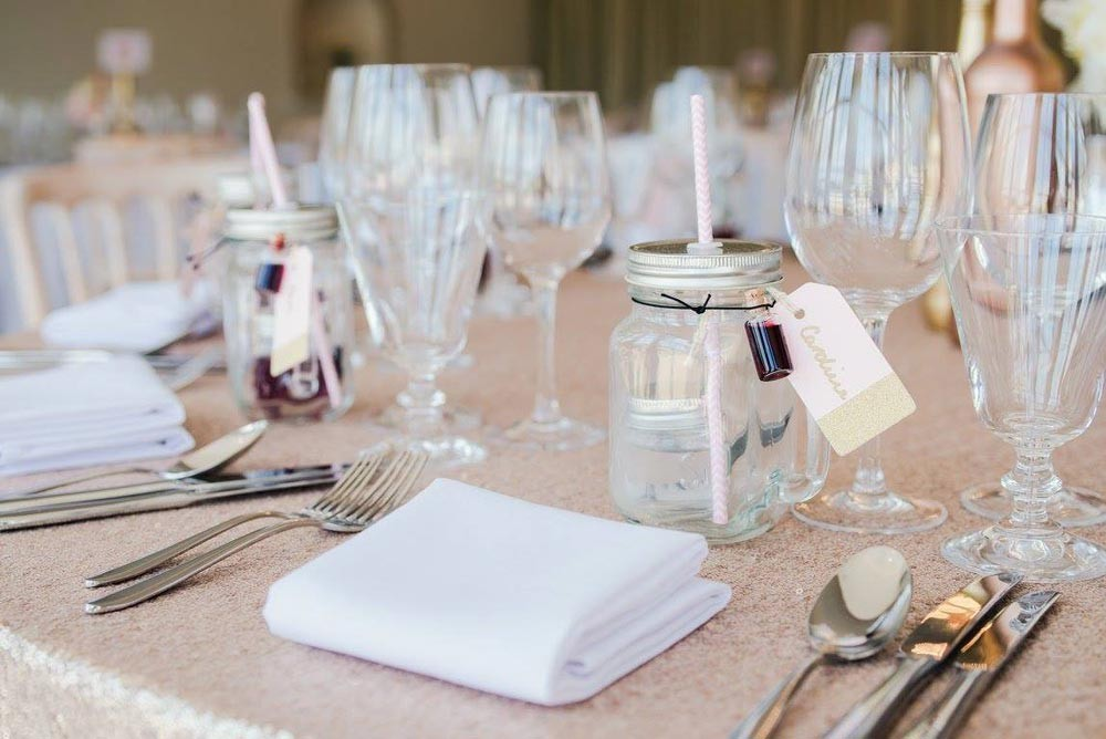 Wedding Planning, Wedding Favours, DIY Wedding favours, Cheap Wedding Favours, Mason Jars
