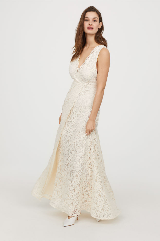 9 High Street Wedding Dress Brands Youll Love Weddingplanner