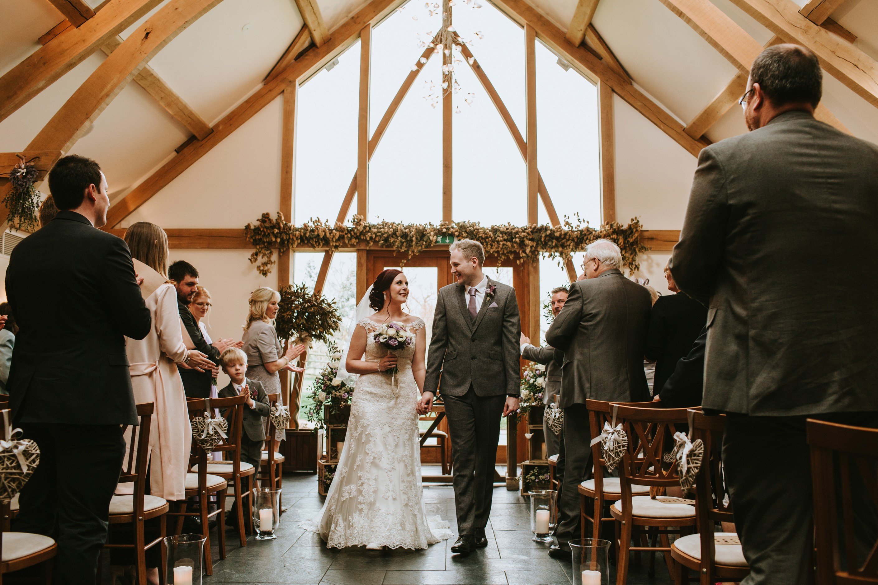 wedding, barn wedding, mythe barn wedding, laura and matthew, wedding ideas, wedding inspiration