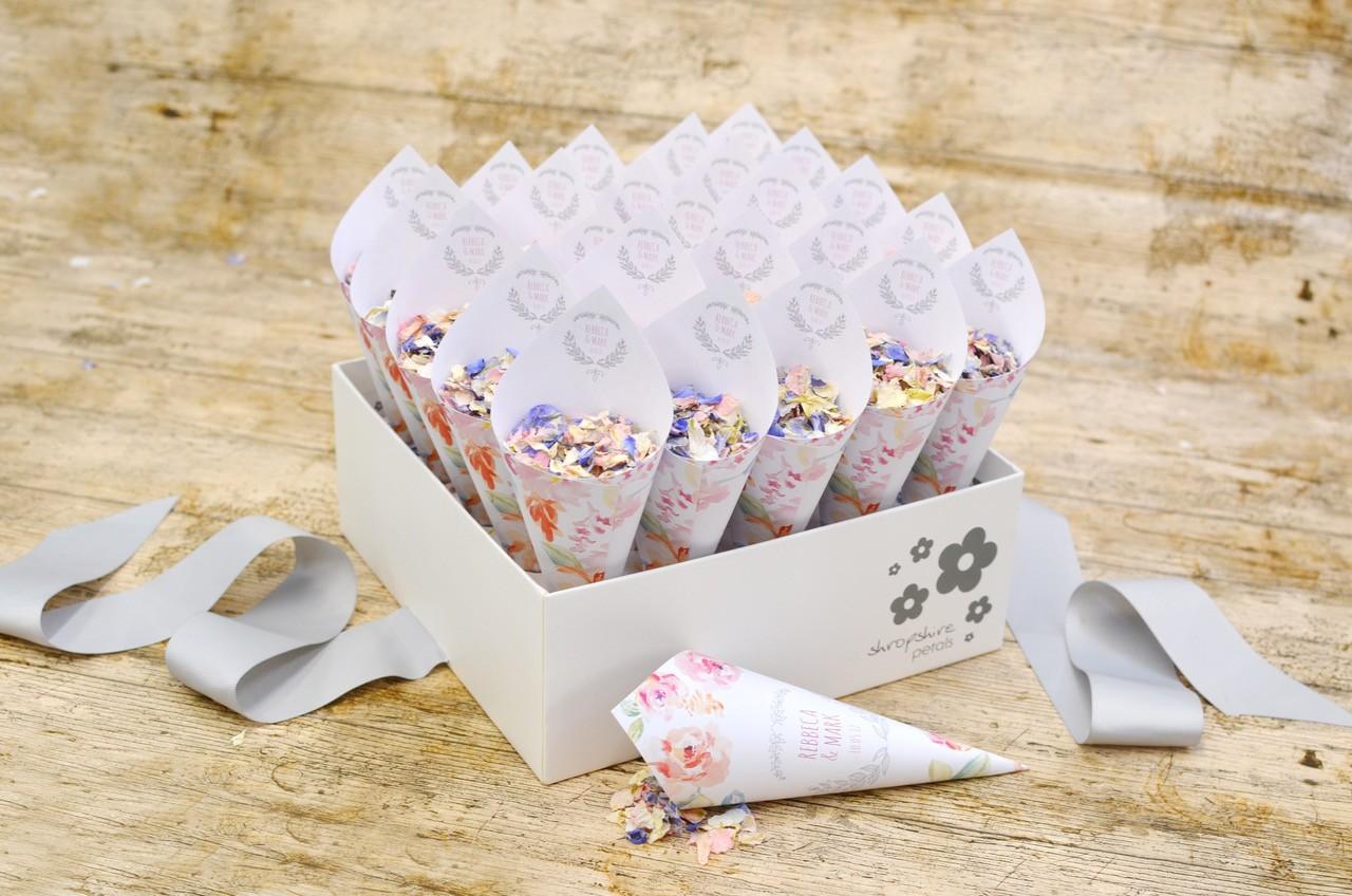 Create Your Own Unique Confetti Moment Weddingplanner Co Uk