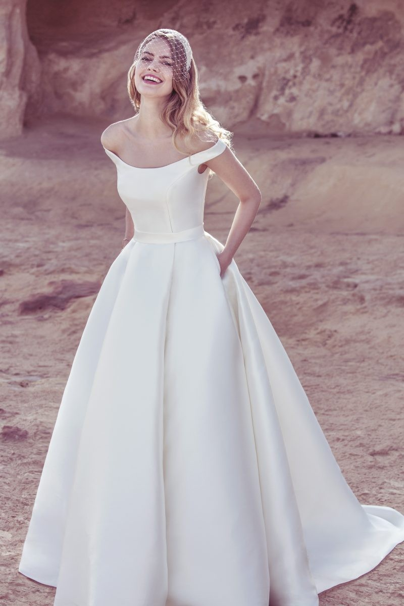wedding dresses, off the shoulder wedding dresses, wedding dress, bridal gown