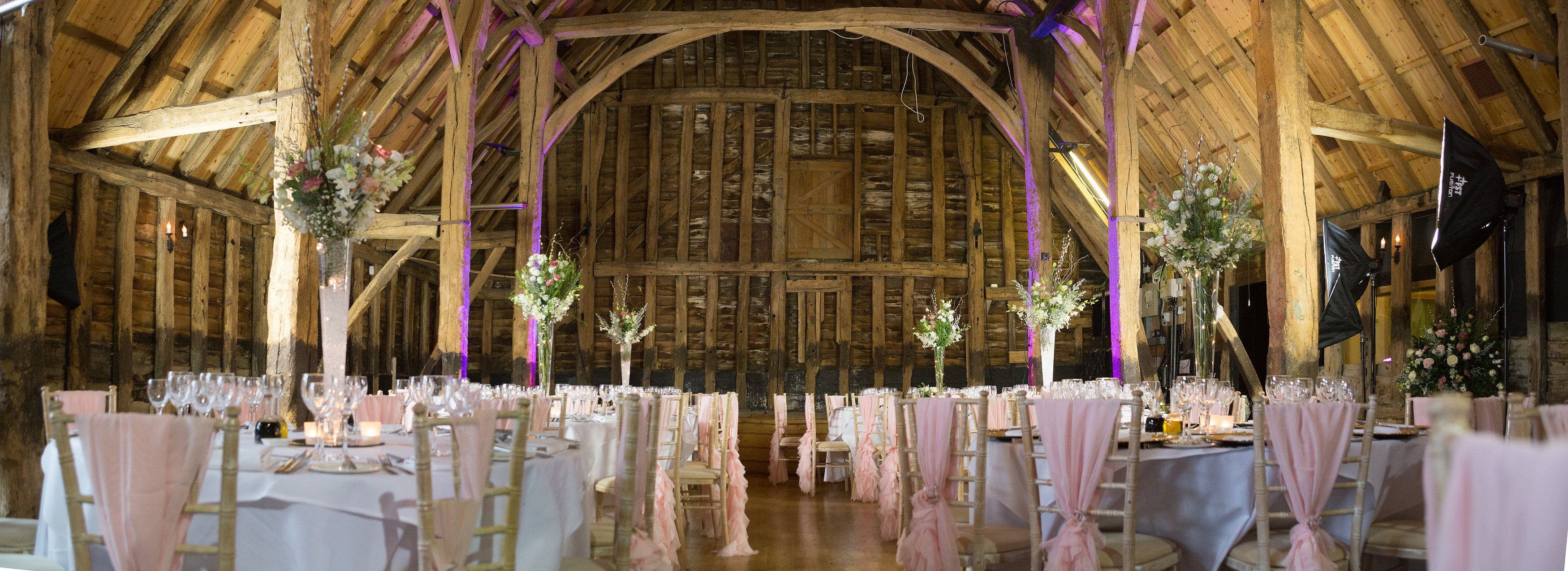 high barn essex, wedding venue essex, barn wedding essex