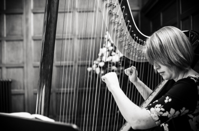 Wedding harpist, Emma Yates