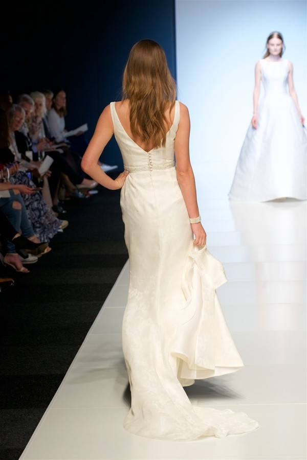 alan hannah, wedding dresses, wedding dresses 2018