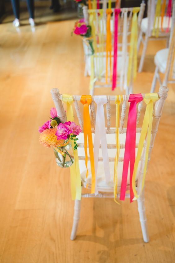 colour pop, colour wedding, colourful wedding, bright wedding, wedding inspiration, wedding decor, wedding style, wedding trends, bright flowers, bright wedding tables, colourful flowers, colourful styles, colourful looks, weddings, bride, bride to be