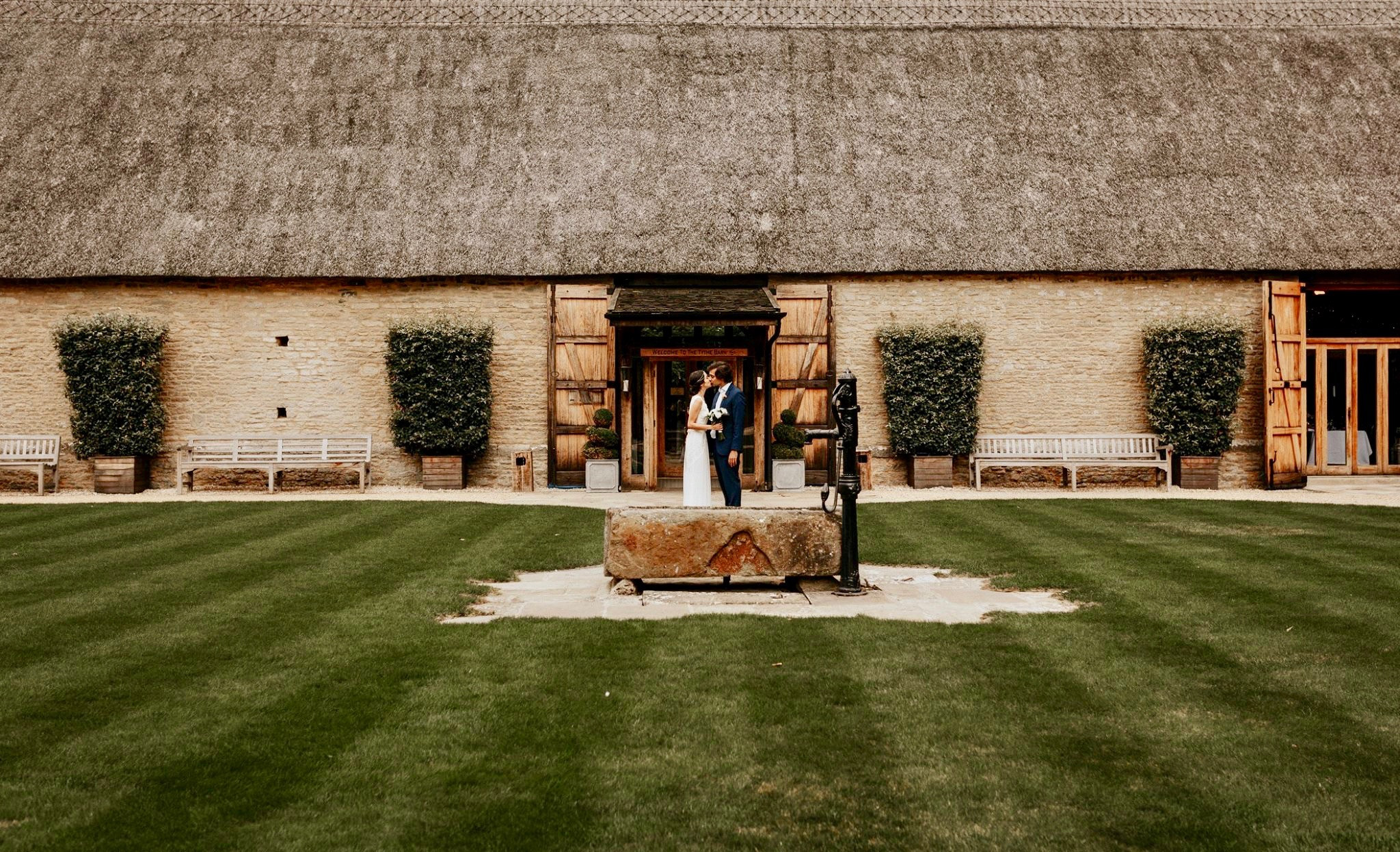 wedding inpso, wedding venue inspo, wedding ideas, barn wedding, bride to be, wedding planning