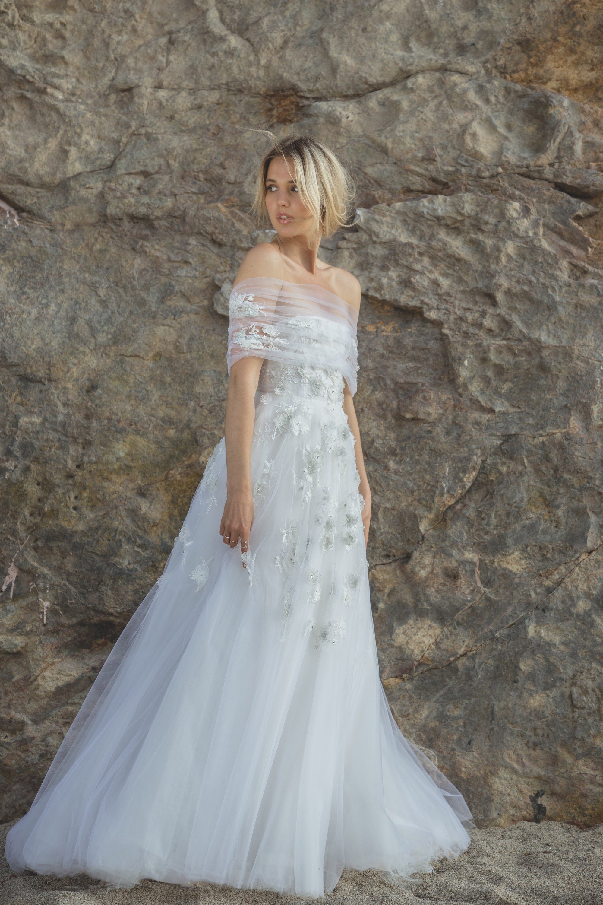 wedding planner, wedding inspiration, bridal dresses, wedding gowns, off the shoulder