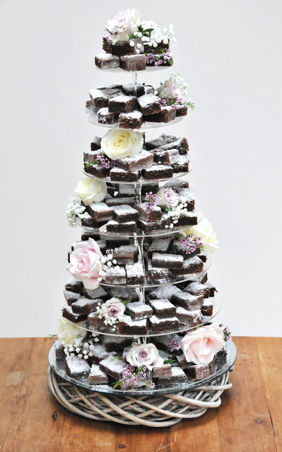 ideas instead of wedding cake totally alternative wedding cake trends for 2017 16295
