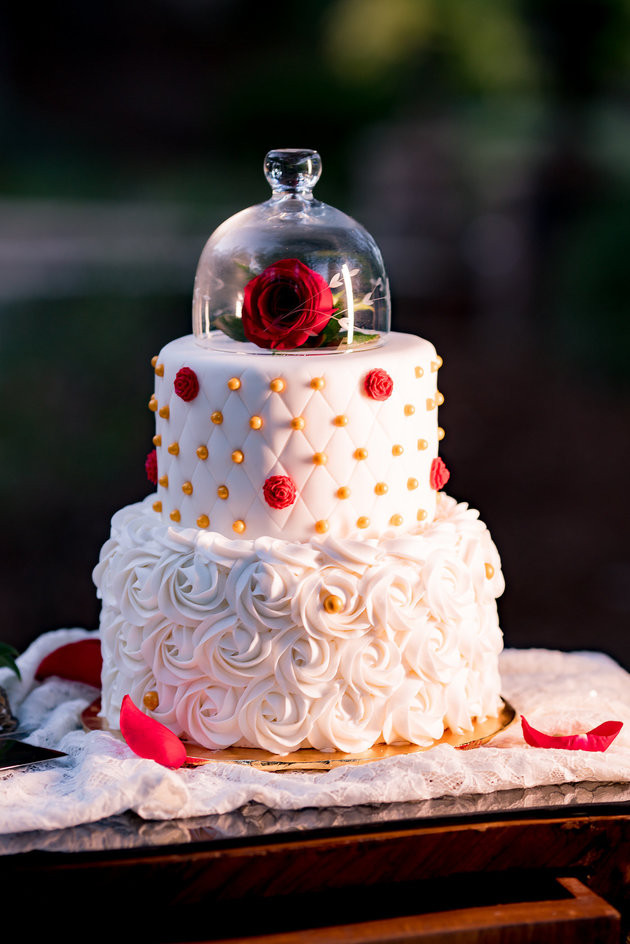 Disney wedding cakes, wedding cake trends 2018
