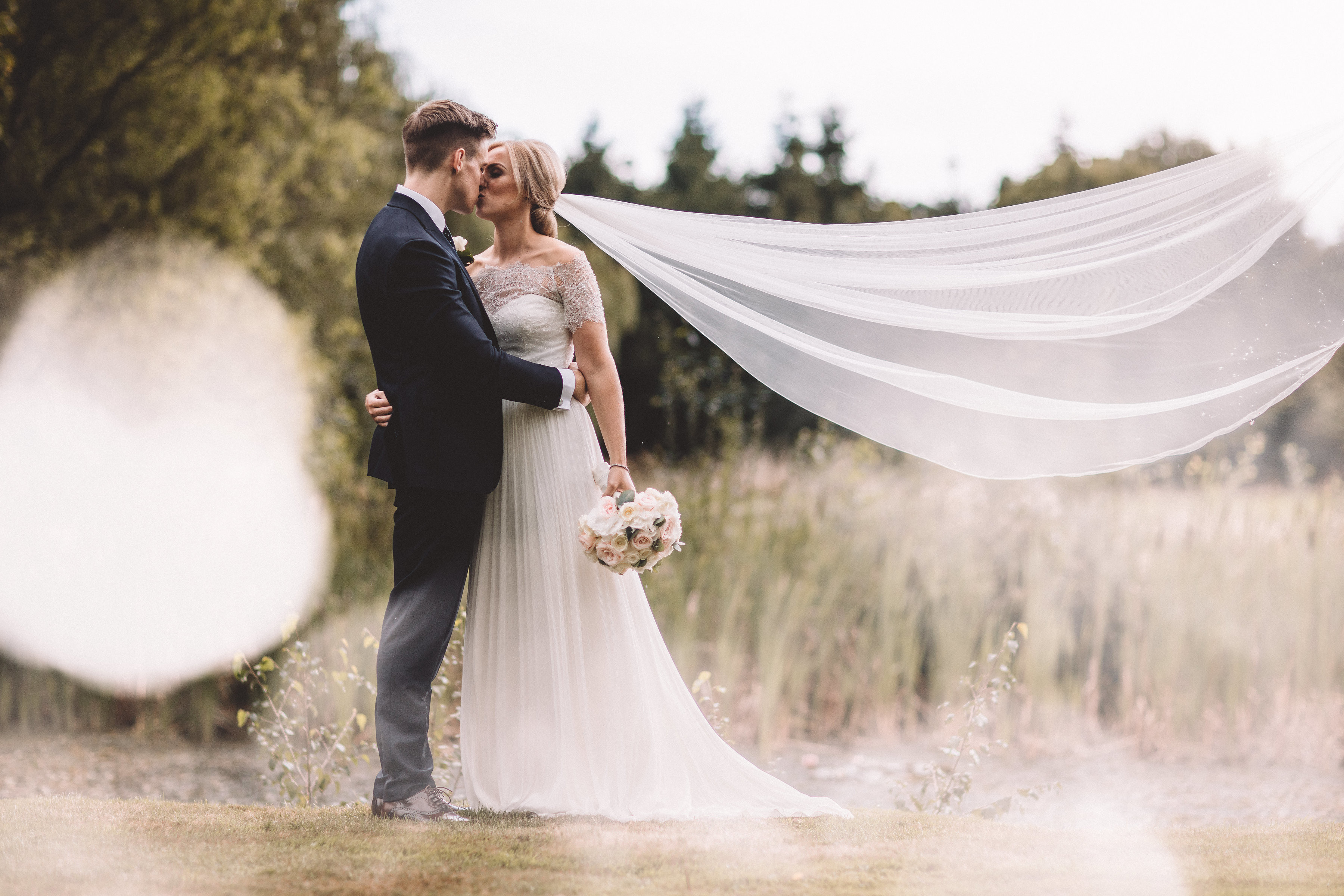 english wedding, natural wedding, summer wedding, spring wedding, laid back wedding, chill wedding, relaxed wedding, romantic wedding, bride to be 2019