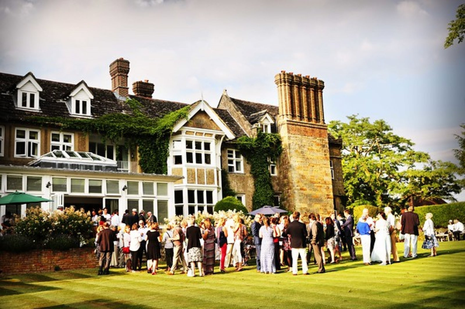 Ockenden Manor Hotel | Small Wedding Venues | WeddingPlanner.co.uk