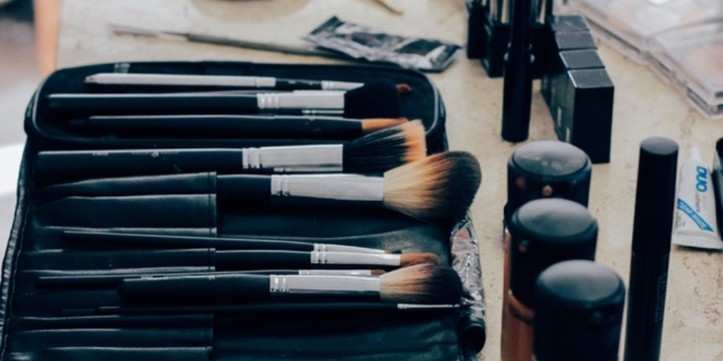makeup brushes, wedding makeup