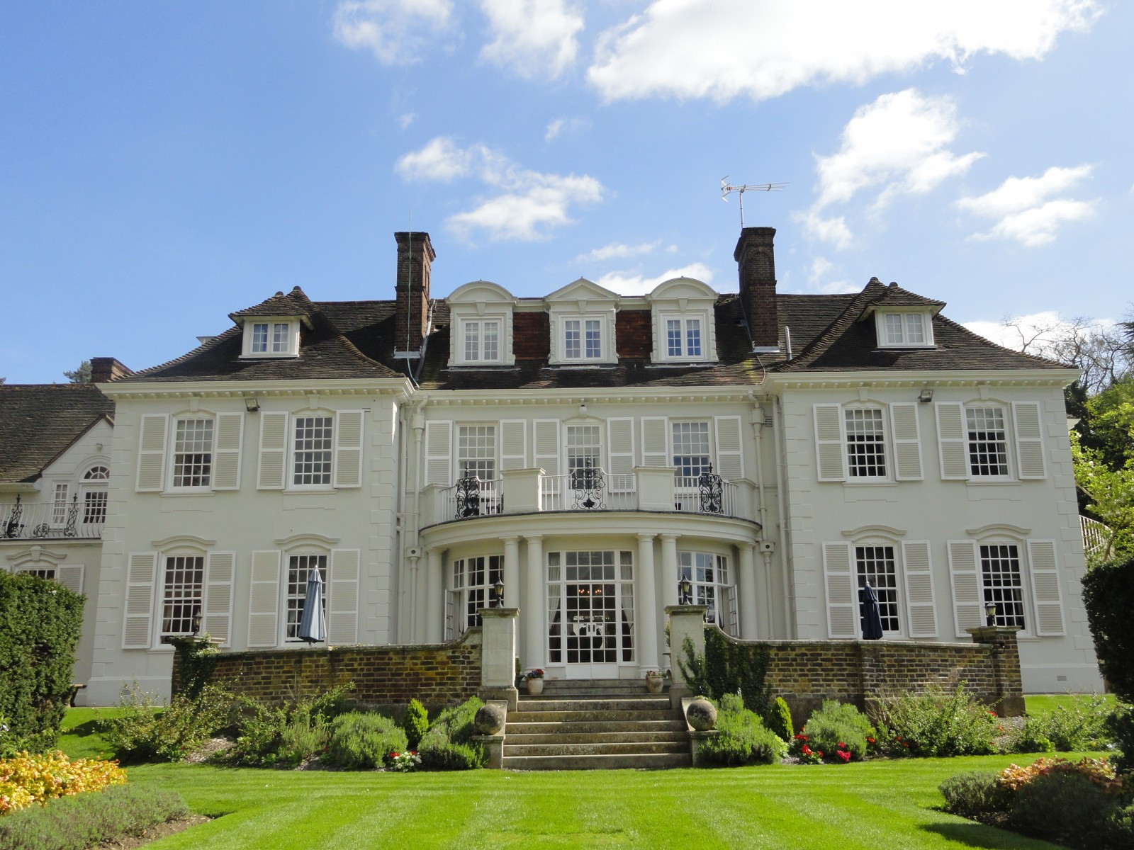 Gorse Hill | Small Wedding Venues | WeddingPlanner.co.uk