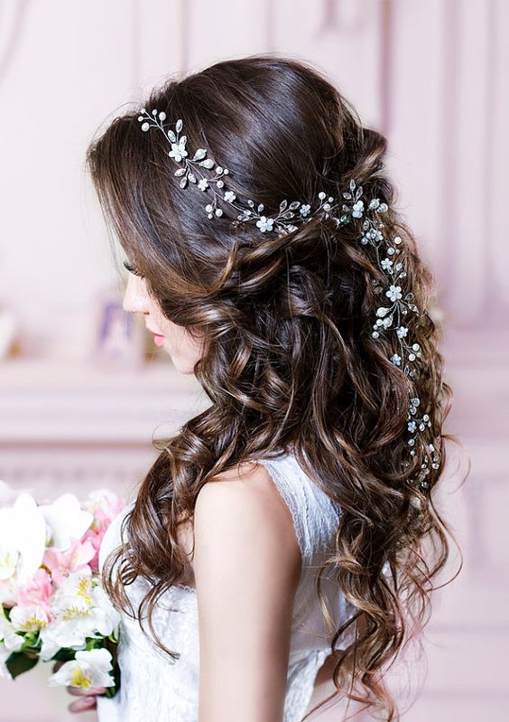 2017 S Best Wedding Hair Accessories Weddingplanner Co Uk