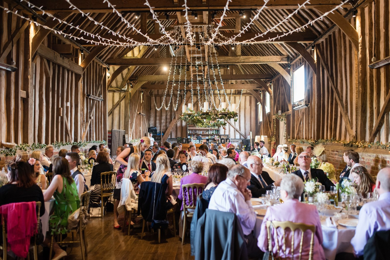 Lillibrook Manor and barns berkshire wedding venue